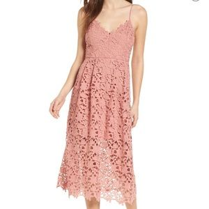 ASTR. Pink lace dress